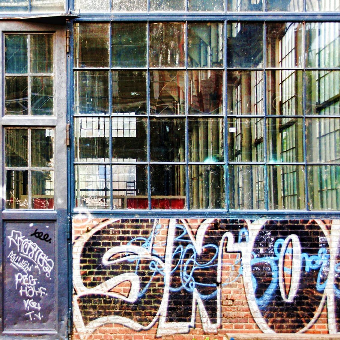 Comment enlever et nettoyer des graffitis sur bois, métal, plastique, mur